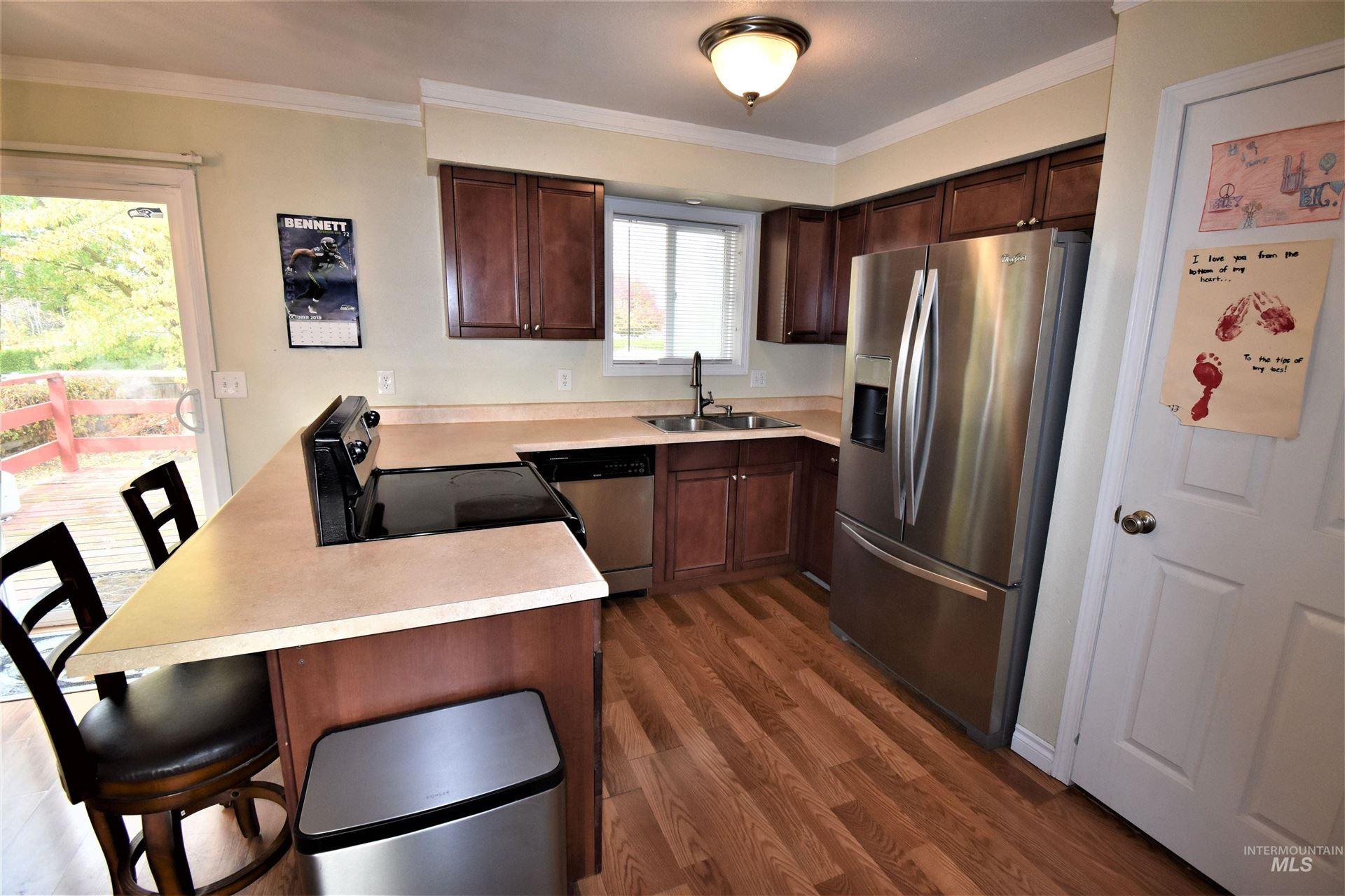 Photo of 1525 Bryden Avenue, Lewiston, ID 83501 (MLS # 98823648)
