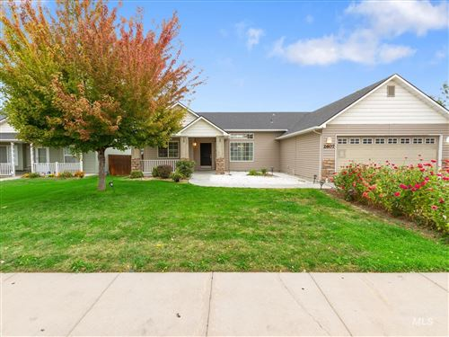 Photo of 2607 Autumncrest St, Caldwell, ID 83607 (MLS # 98819649)