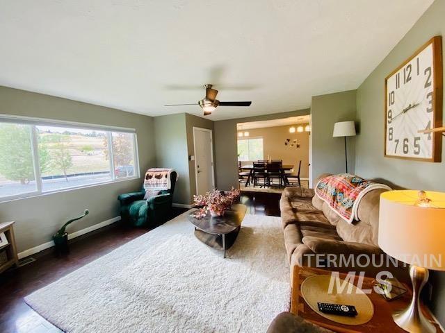 Photo of 1622 Highland Ave, Clarkston, WA 99403 (MLS # 98784659)