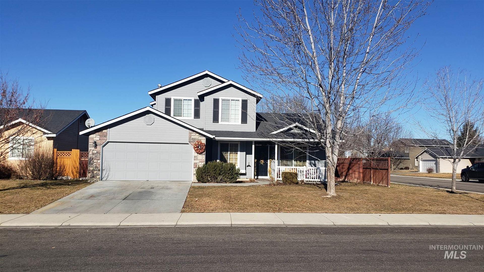Photo of 610 E Blue Heron Street, Meridian, ID 83646 (MLS # 98791668)