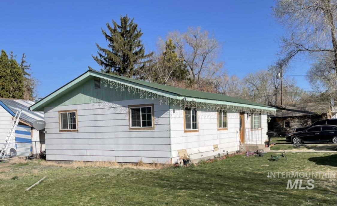 Photo of 417 Elm St S., Jerome, ID 83338 (MLS # 98798671)