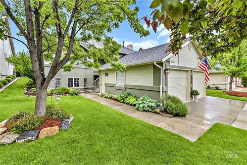 Photo of 326 S Granite Way, Boise, ID 83712 (MLS # 98767673)