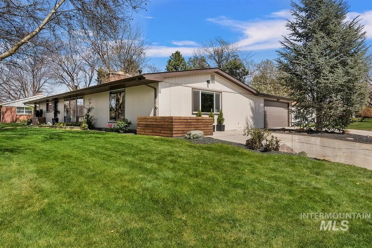 Photo of 2700 N Redway Rd, Boise, ID 83704 (MLS # 98799683)