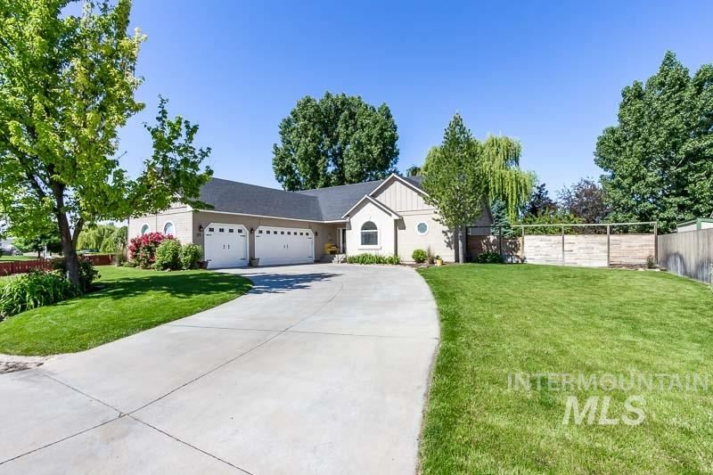 Photo of 25 S Rolling Green, Nampa, ID 83687 (MLS # 98768687)