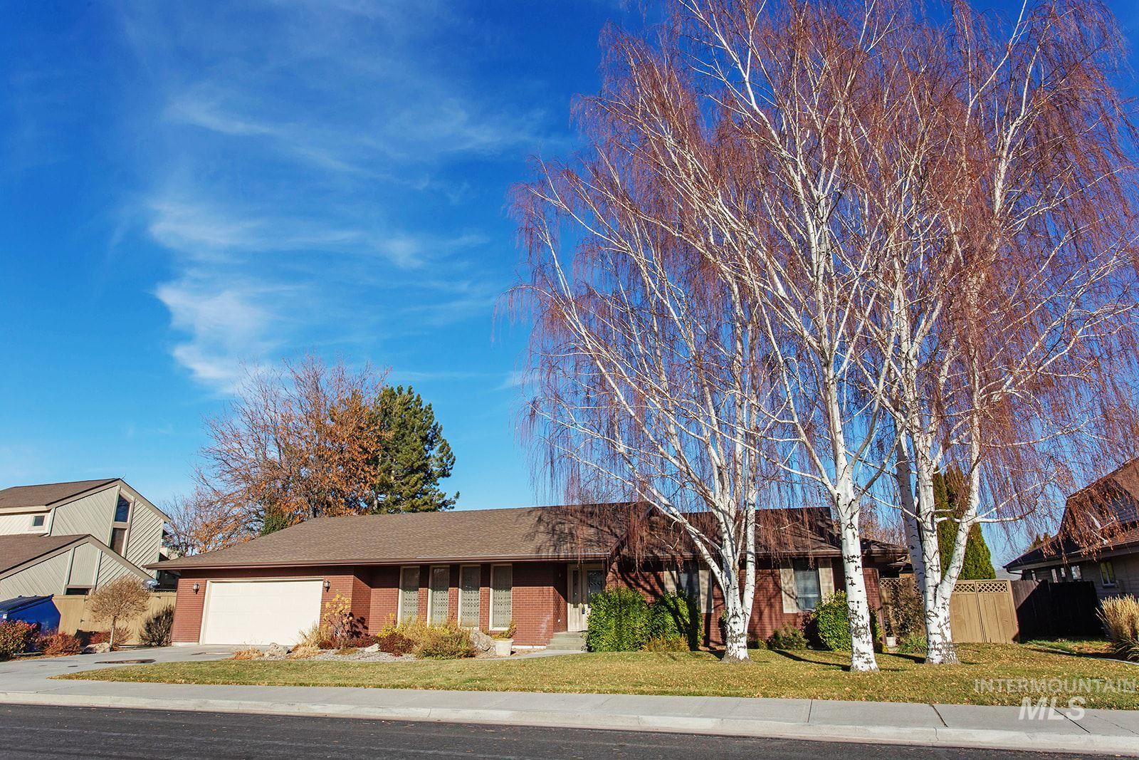 Photo of 610 Ballingrude Drive, Twin Falls, ID 83301 (MLS # 98787689)