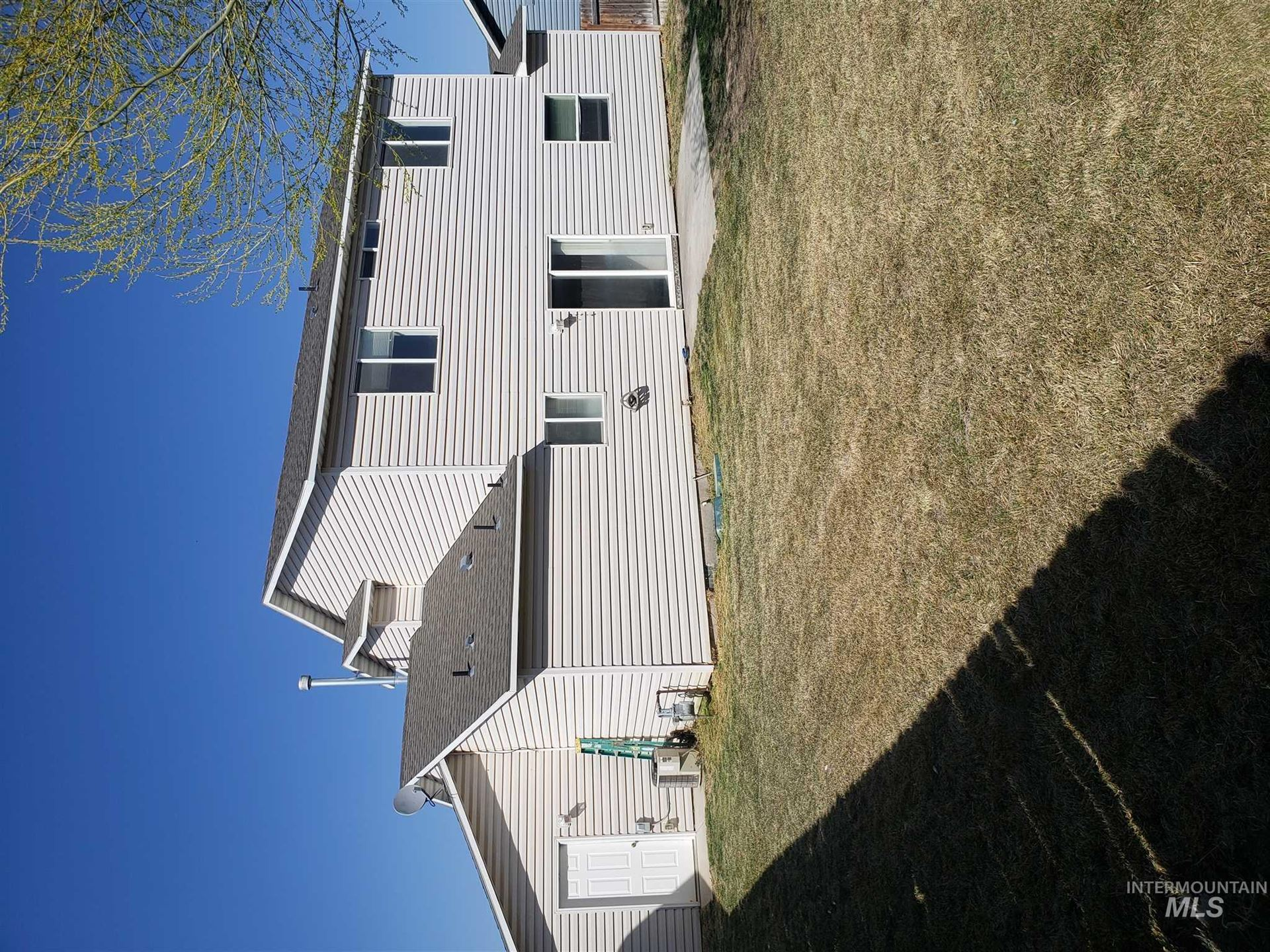 Photo of 474 Magnolia Avenue, Twin Falls, ID 83301 (MLS # 98798689)