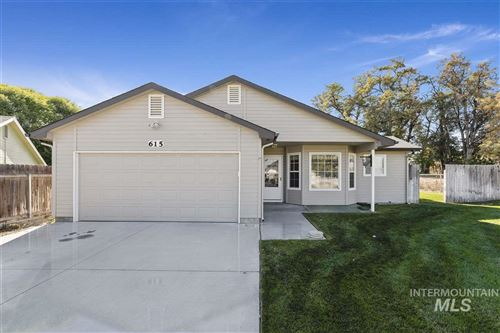 Photo of 615 Meadowbrook Dr, Nampa, ID 83686 (MLS # 98747690)