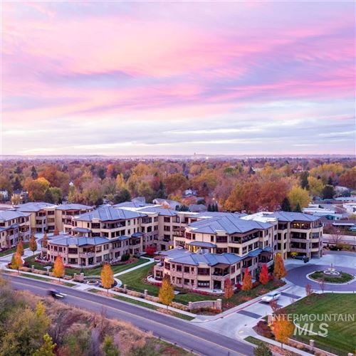 Photo of 3075 W Crescent Rim Dr #102, Boise, ID 83706 (MLS # 98710698)