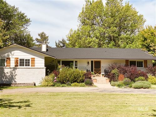 Photo of 2817 N Haven Dr, Eagle, ID 83616 (MLS # 98818700)