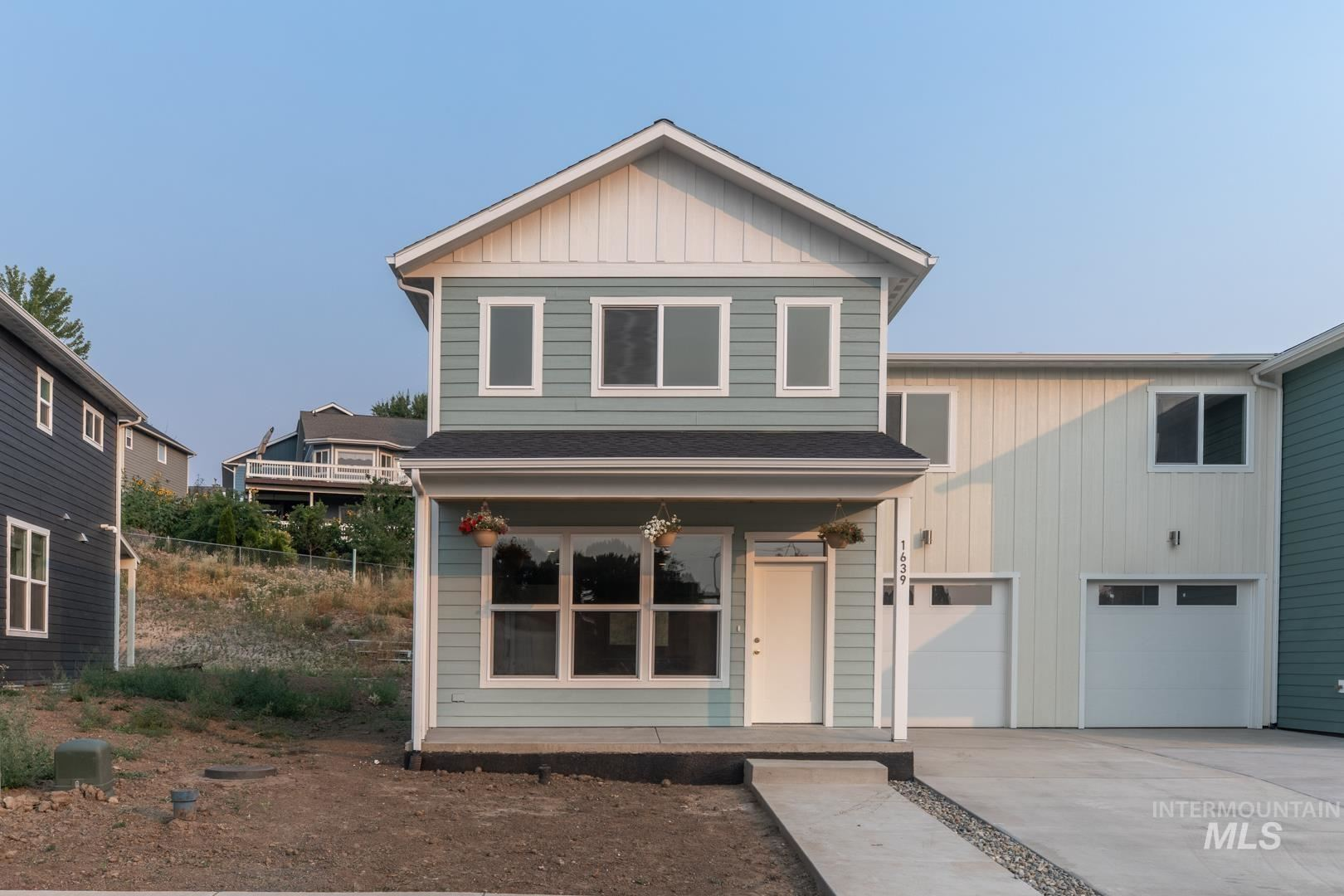 Photo of 1639 E Third Street, Moscow, ID 83843 (MLS # 98805702)