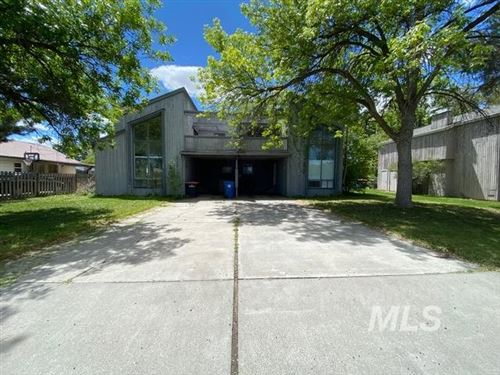 Photo of 1828/1832 E Shoup Ave, Twin Falls, ID 83301 (MLS # 98768703)