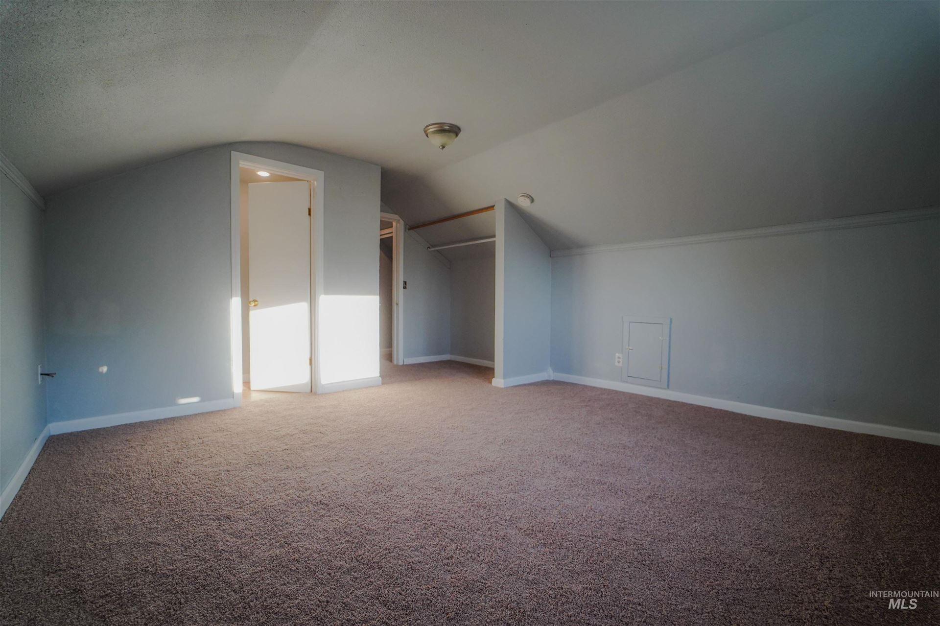 Photo of 230 3rd Street, Lewiston, ID 83501 (MLS # 98818703)