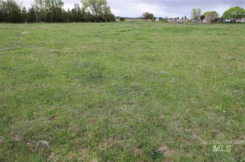 Photo of 2348 E 3900 N., Filer, ID 83328 (MLS # 98728712)