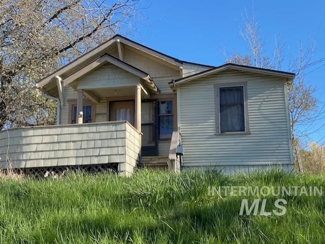 Photo of 416 W A St, Moscow, ID 83843 (MLS # 98802714)