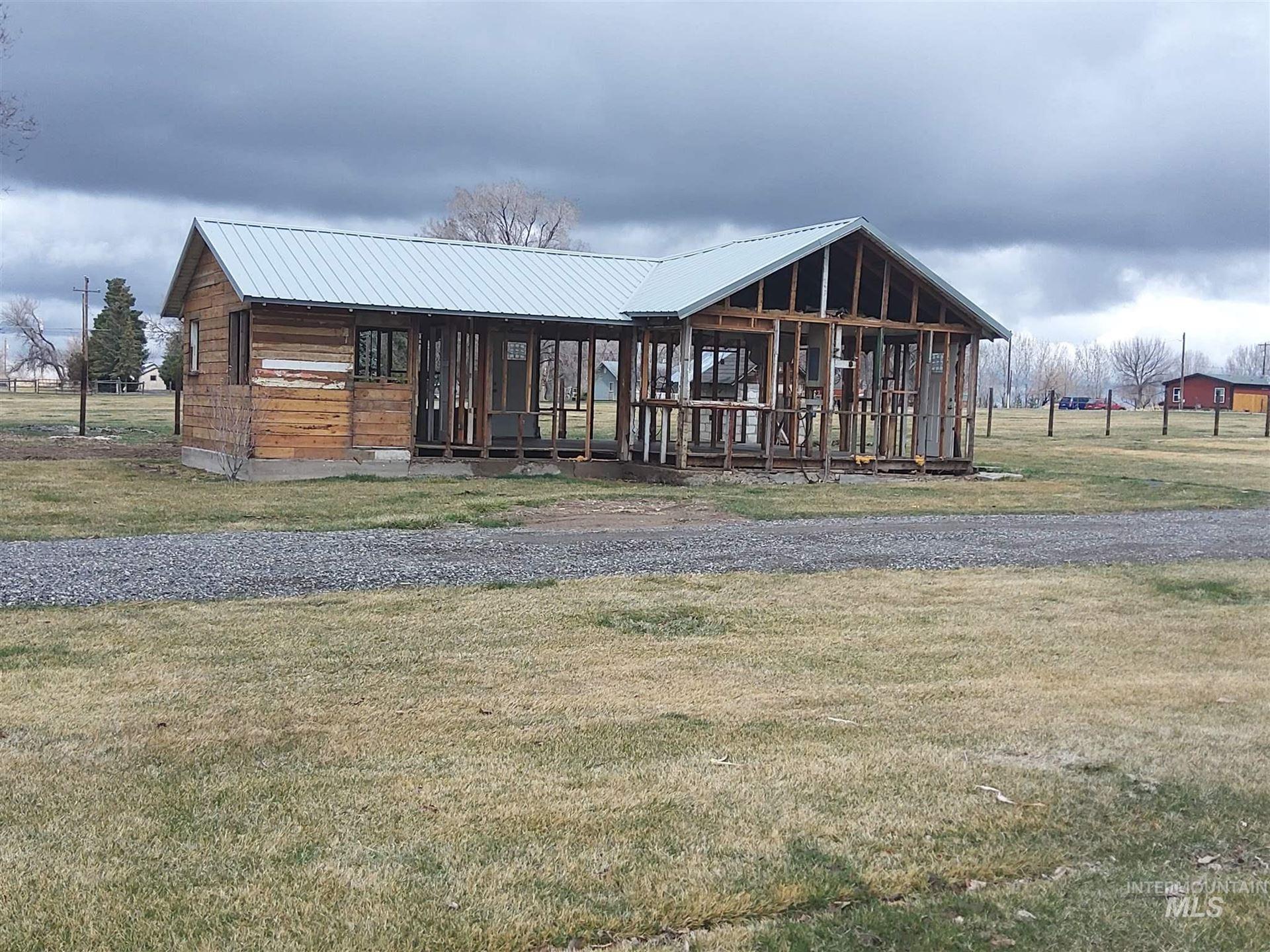 Photo of 4220 N 1410 E Peck, Buhl, ID 83316 (MLS # 98799715)