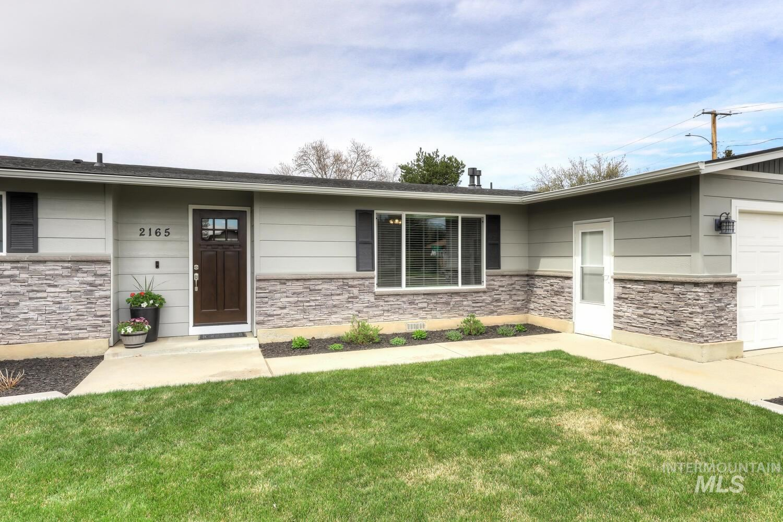 Photo of 2165 N Dalton Ave, Boise, ID 83704 (MLS # 98799717)