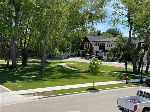 Photo of 199 S Mathie Way, Eagle, ID 83616 (MLS # 98772718)