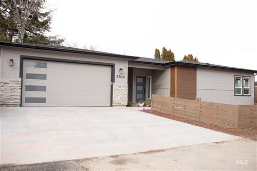 Photo of 3704 N Jackie Ln, Boise, ID 83704 (MLS # 98794729)