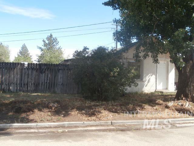 Photo of 114 Musser Street, Emmett, ID 83617 (MLS # 98804729)