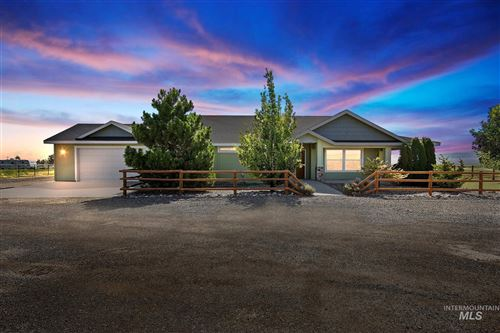 Photo of 3088 N 3100 E, Twin Falls, ID 83301 (MLS # 98775734)