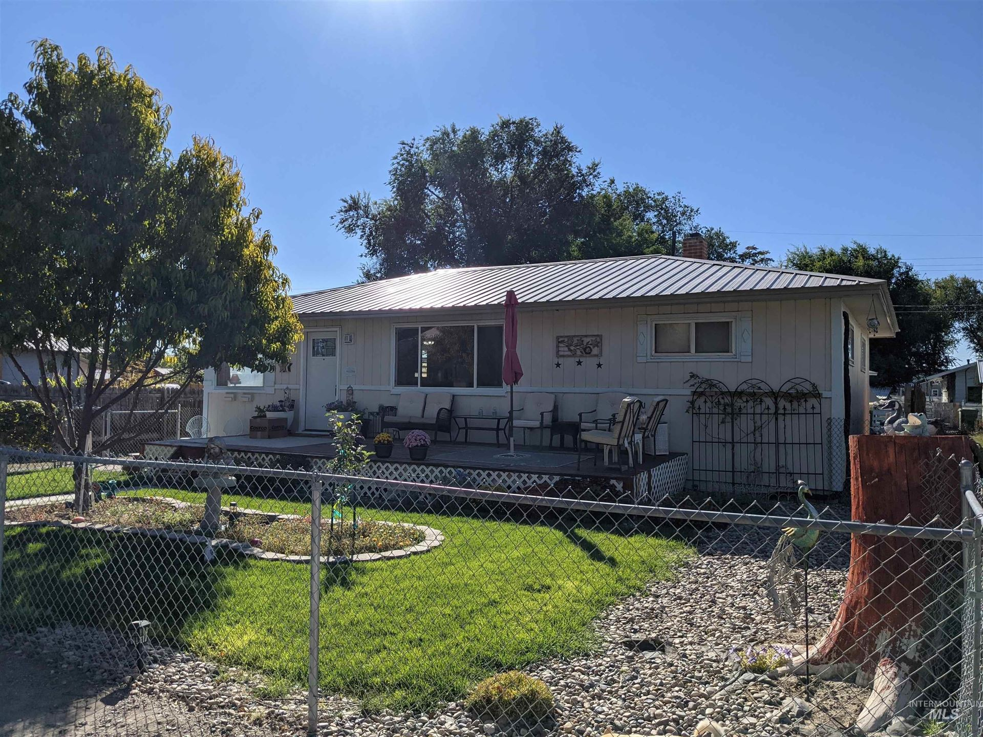 Photo of 631 W Main St, Vale, OR 97918 (MLS # 98818735)