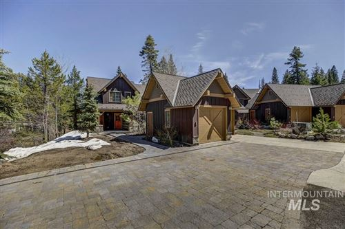 Photo of 3 Golden Bar, Donnelly, ID 83615 (MLS # 98765741)