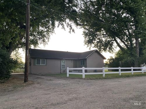 Photo of 427 Olde Park Place, Eagle, ID 83616-5392 (MLS # 98807741)