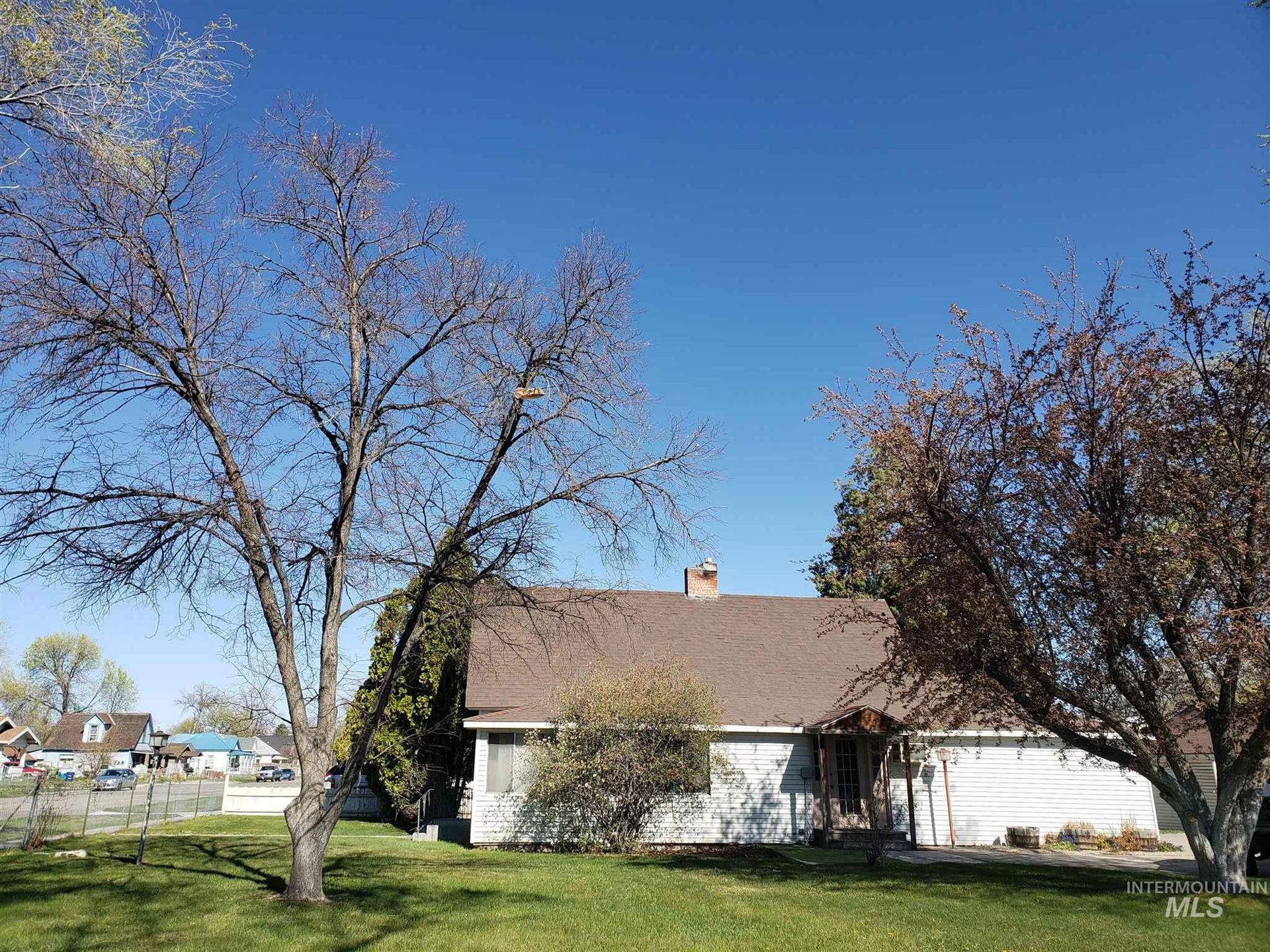 527 Blue Lakes Blvd, Twin Falls, ID 83301-9999 - MLS#: 98800744
