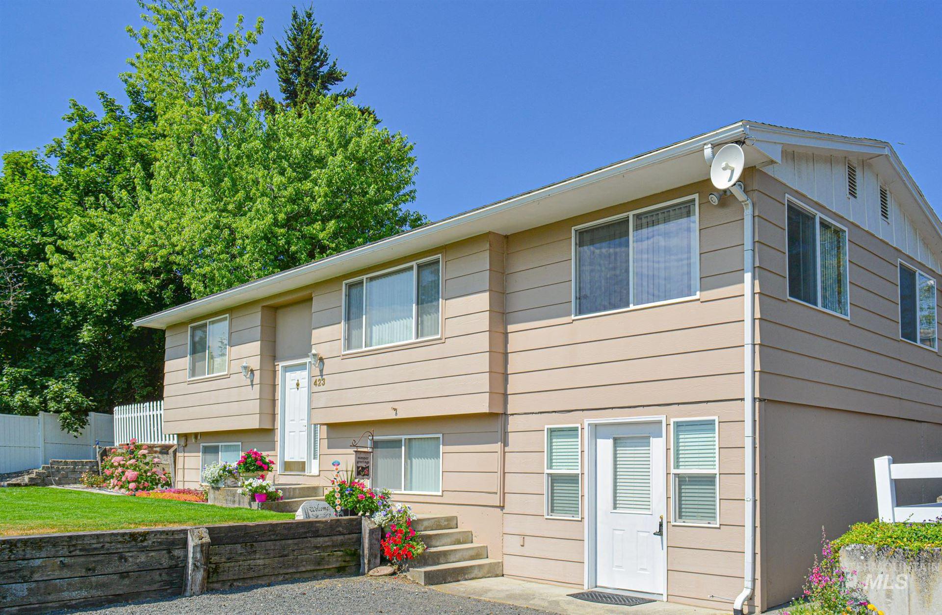 Photo of 423 N Spruce Street, Genesee, ID 83832 (MLS # 98774749)