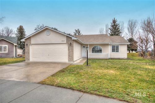 Photo of 717 W Cheyenne Ct, Emmett, ID 83617 (MLS # 98753751)