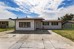 Photo of 901 20th Ave E, Jerome, ID 83338 (MLS # 98743756)
