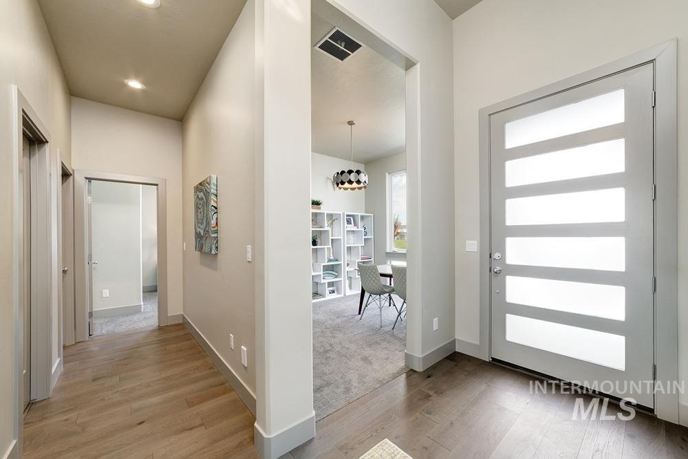 Photo of 5547 S Stromboli Place, Meridian, ID 83642 (MLS # 98768758)