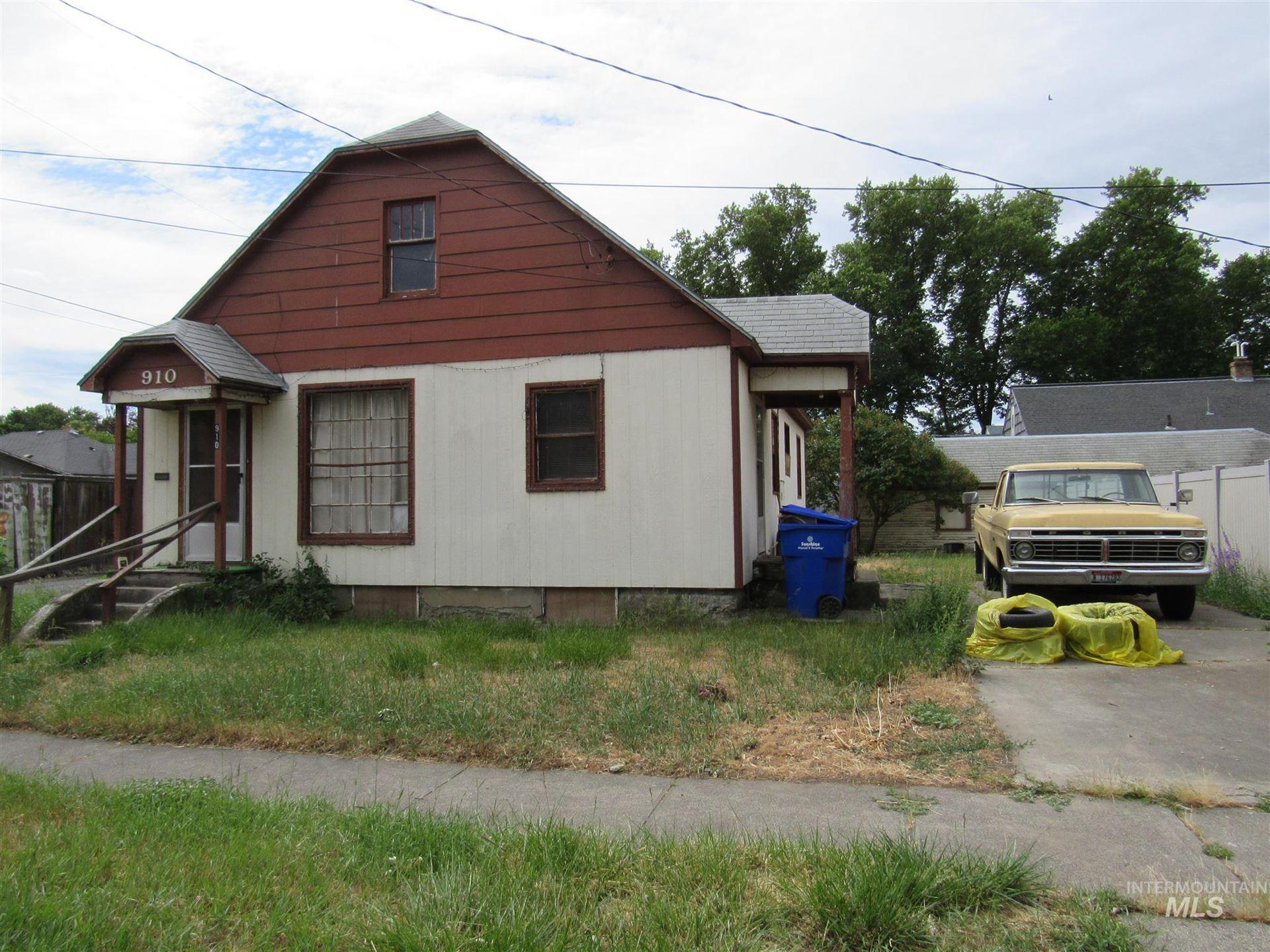 Photo of 910 12th Ave., Lewiston, ID 83501 (MLS # 98806762)