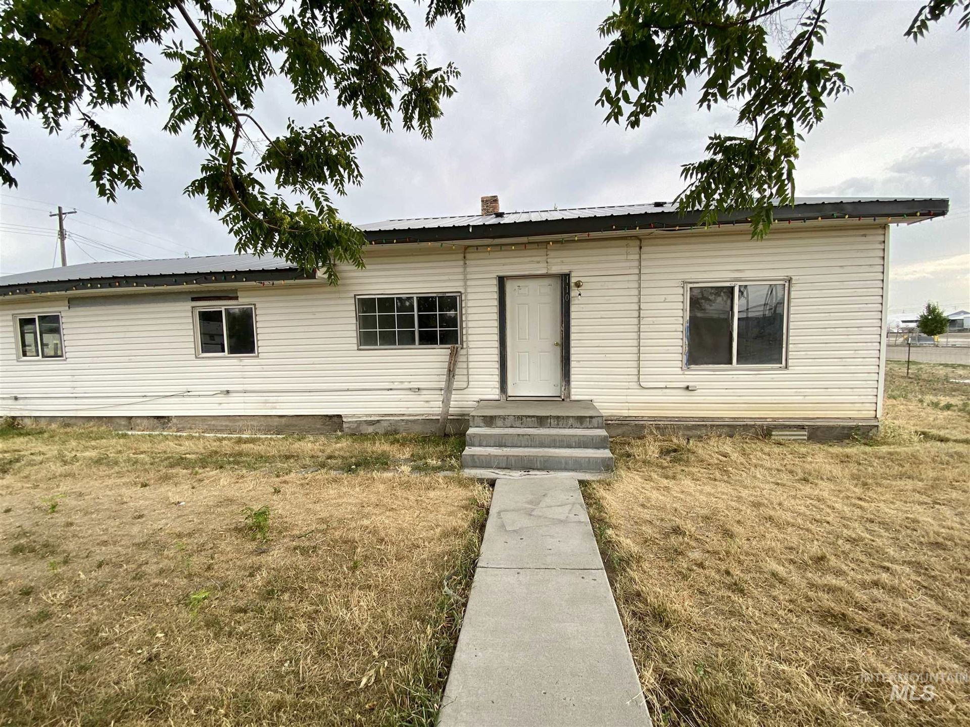 Photo of 110 SE 7th Ave., Ontario, OR 97914 (MLS # 98774764)