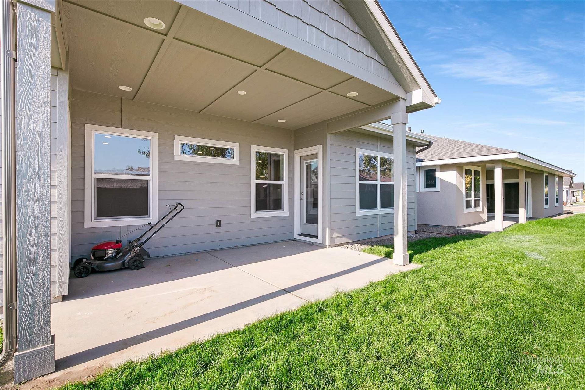 Photo of 3908 E Park Ridge Drive, Nampa, ID 83687 (MLS # 98786764)
