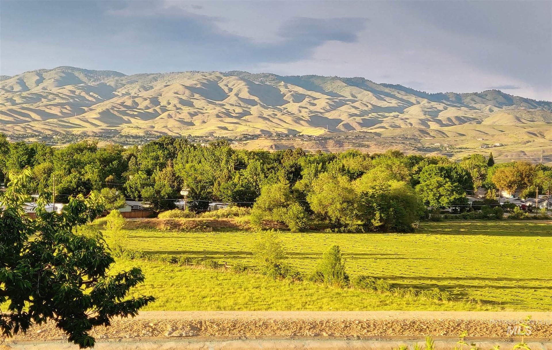 Photo of 2480 W Sunrise Rim Rd, Boise, ID 83705 (MLS # 98799768)