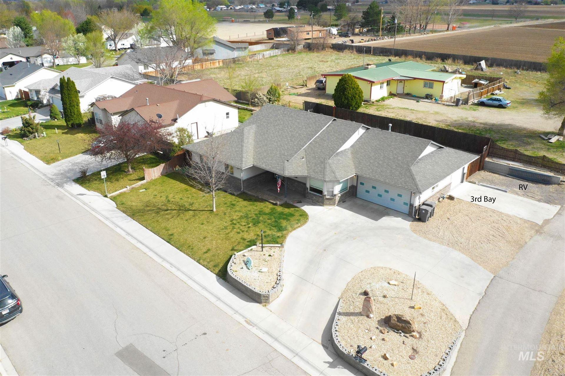Photo of 319 W Utah Ave, Homedale, ID 83682 (MLS # 98798781)