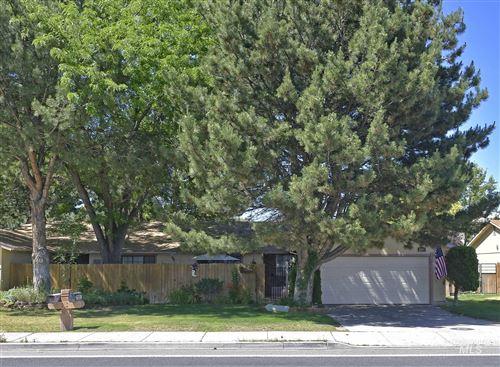 Photo of 2085 Falls Ave E, Twin Falls, ID 83301 (MLS # 98771793)