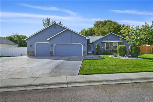 Photo of 507 Meadowbrook Drive, Nampa, ID 83686 (MLS # 98819797)