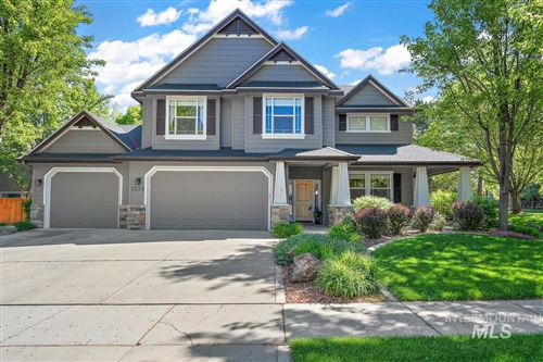 Photo of 1578 N Crosswater Way, Eagle, ID 83616 (MLS # 98802804)