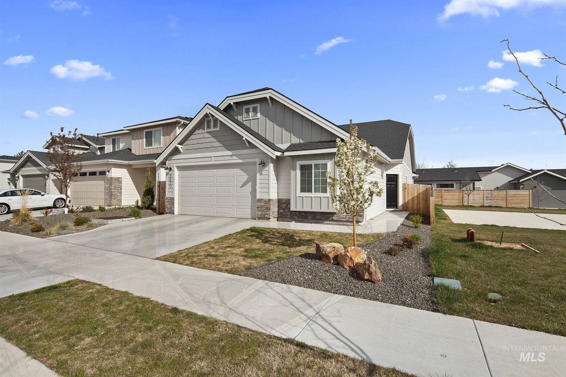 Photo of 9650 W Macaw, Boise, ID 83704 (MLS # 98799804)