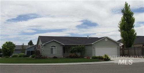 Photo of 440 Clover Ave, Twin Falls, ID 83301 (MLS # 98775809)