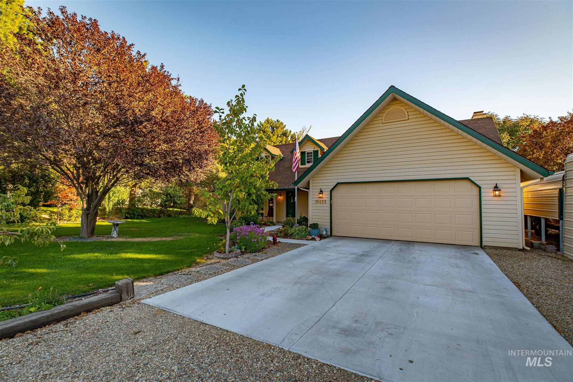 Photo of 15453 Rosewood St, Caldwell, ID 83607 (MLS # 98806815)