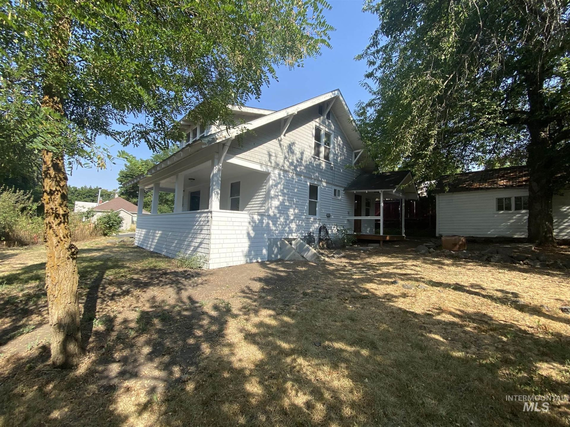Photo of 424 W A Street, Moscow, ID 83843 (MLS # 98803825)
