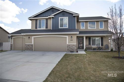 Photo of 695 SW Nugget, Mountain Home, ID 83647 (MLS # 98762828)
