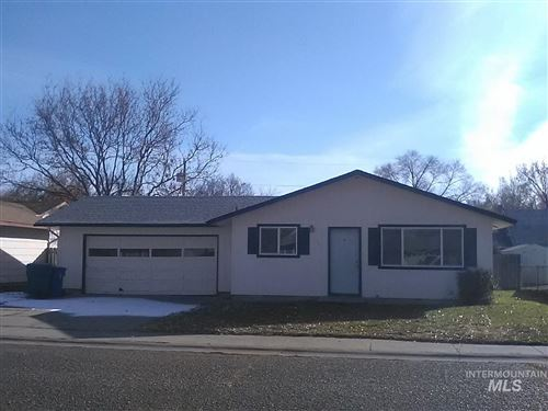 Photo of 501 W 4th N, Mountain Home, ID 83647-2503 (MLS # 98791829)