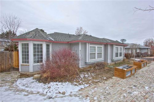 Photo of 475 & 477 S Curtis Rd, Boise, ID 83705 (MLS # 98754830)