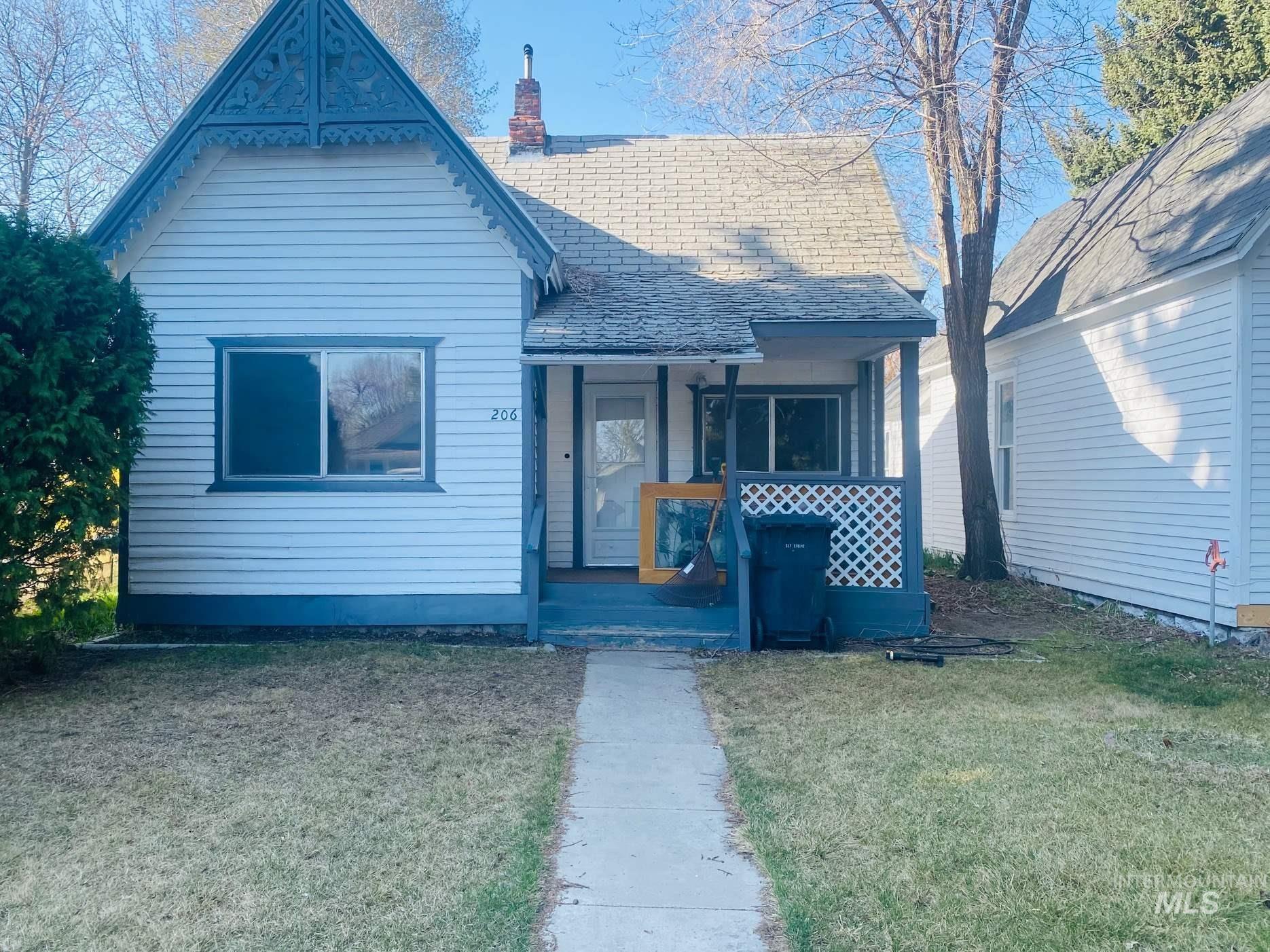 Photo of 206 E C Street, Shoshone, ID 83352 (MLS # 98798832)