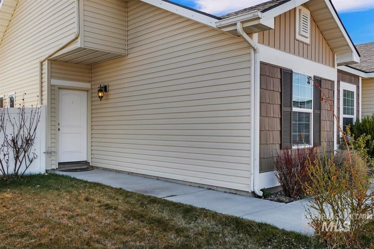 Photo of 803 Birchwood, Twin Falls, ID 83301 (MLS # 98798833)