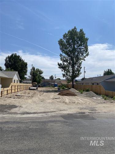 Photo of 1016 S Boise Ave, Emmett, ID 83617 (MLS # 98775836)